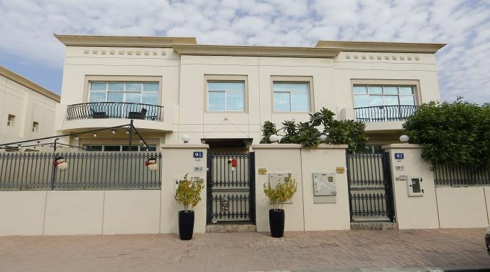 PR1052 - 3 bedroom villa