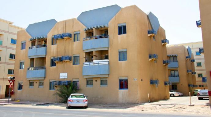 R289 - muhaisanah block S3 - studio flat