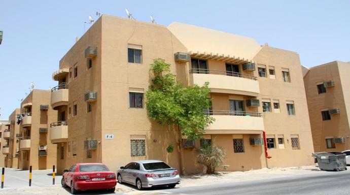 R319 muhaisnah - 2 bedroom flat