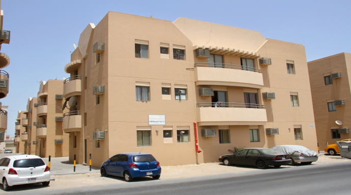 R322 muhaisnah - 2 bedroom flat