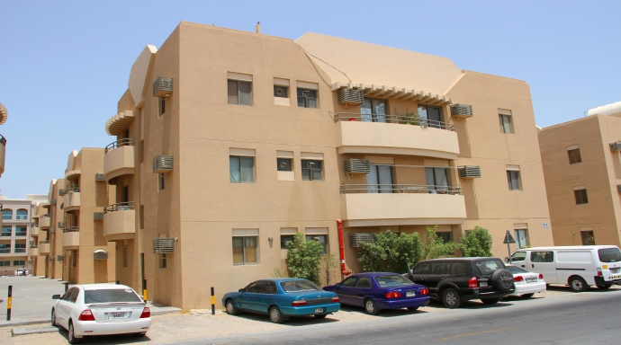 R324 muhaisnah - 2 bedroom flat