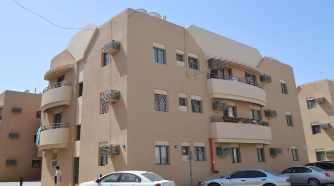 R326 muhaisnah - 2 bedroom flat