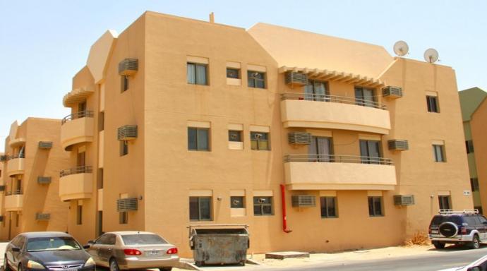 R335 muhaisnah - 2 bedroom flat