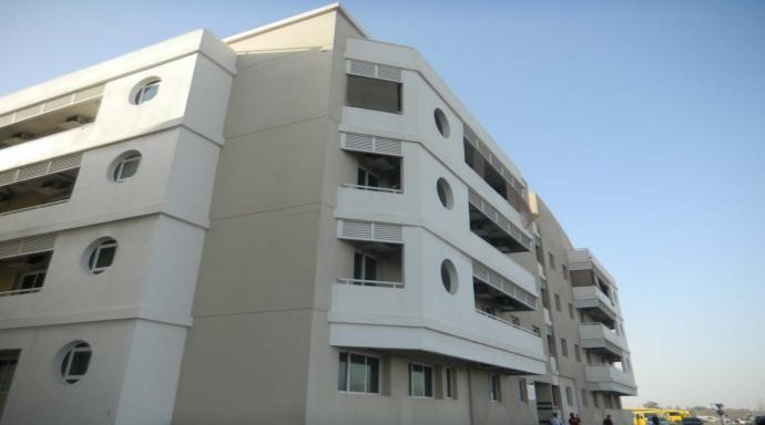 R435 muhaisnah - 1 bedroom large flat