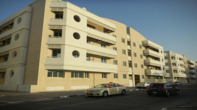 R436 muhaisnah - 1 bedroom flat