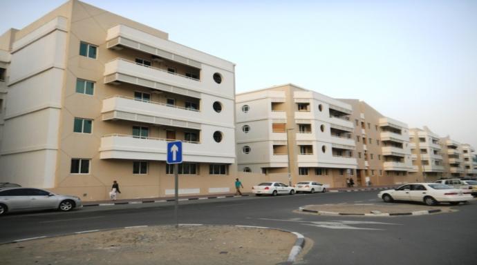 R439 muhaisnah - studio flat