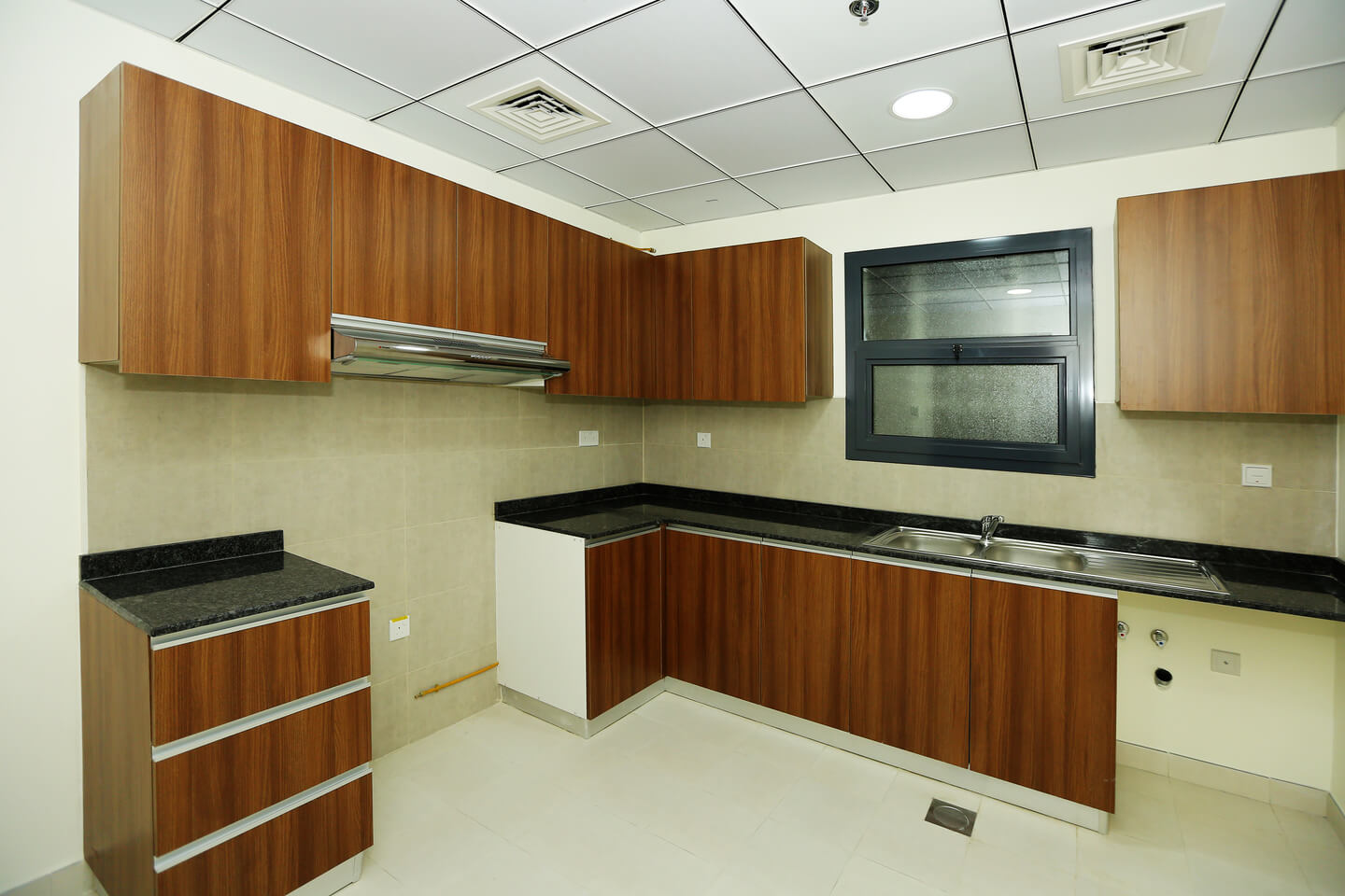 wasl nad tower kitchen
